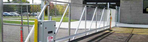 Motorisation de clôture industrielle